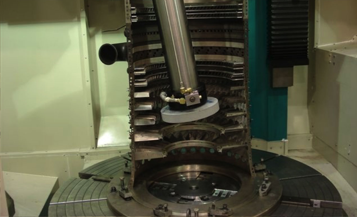 Complex-component-Gallery-Turning-drilling-grinding-3